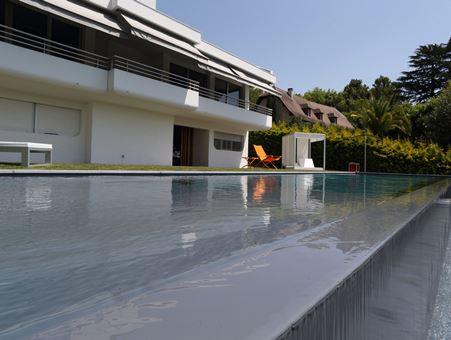 серый бассейн в геленджике