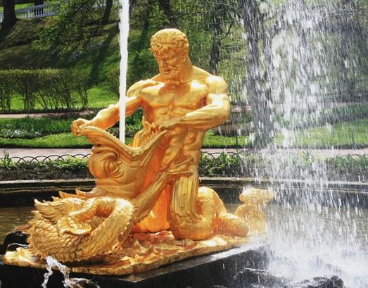 фонтаны со скульптурной композицией